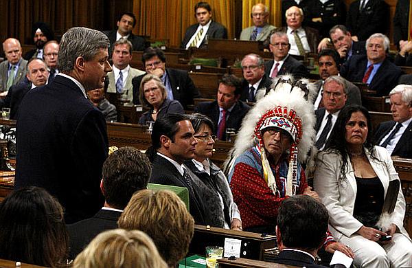 PM Harper and Fontaine -- June11,2016 -- Chris Wattie, Reuters