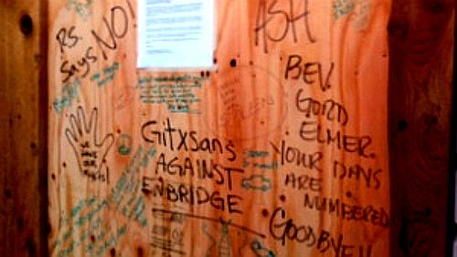 gitxsan-door-blocked-treaty-office