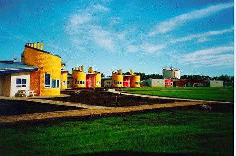Pe Sakastew Centre