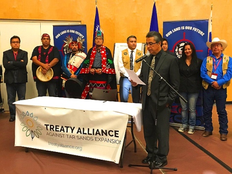 Anti-pipeline Treaty signing (Lasia Kretzel, NEWS 1130 Photo)