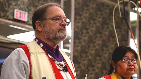 National 'Indigenous' Anglican Bishop Mark MacDonald, left, and Bishop Lydia Mamakwa, of the Indigenous Spiritual Ministry of Mishamikoweesh, General Synod 2016. (Photo: Art Babych)