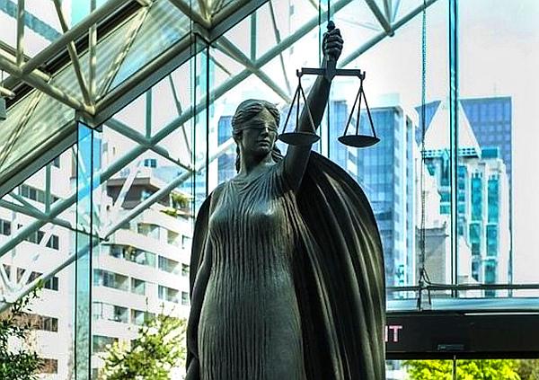 b-c-supreme-court600