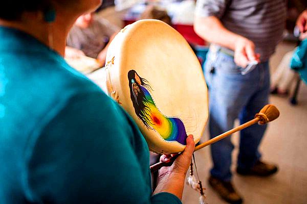 qalipu-drummaking